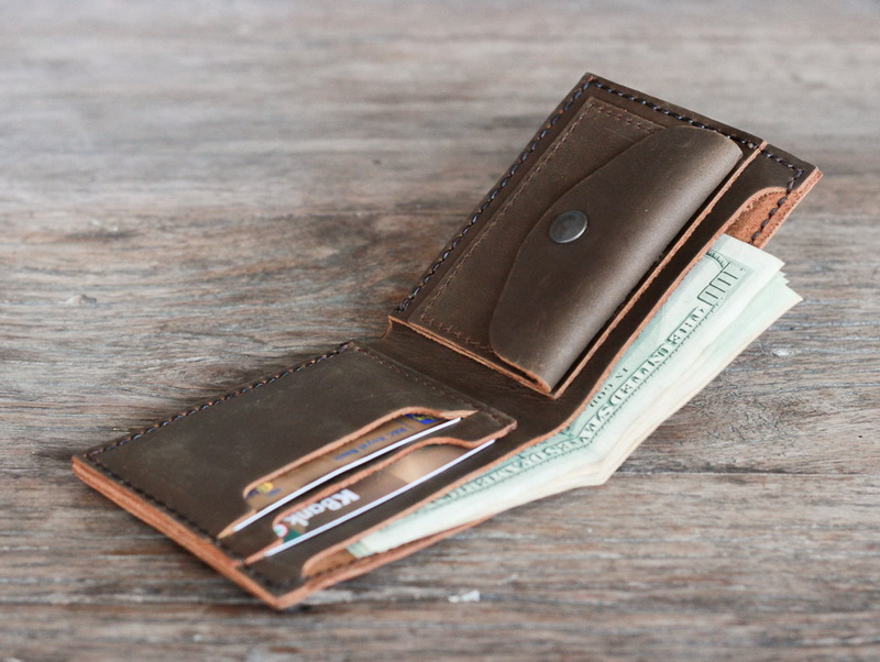 4892431fa957 Men s Leather Bifold Wallet With Coin Pocket - Gifts For Men