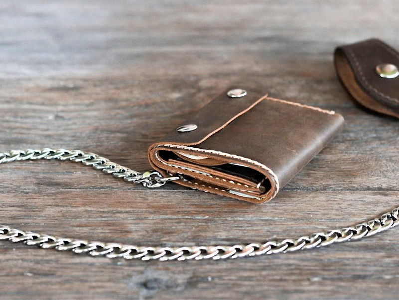 Handmade leather trifold wallet with chain gifts for men