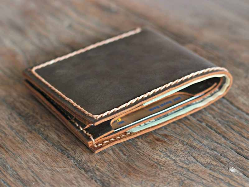 d9b485e5e8ea0 Personalized Bifold Leather Wallet For Men - Gifts For Men