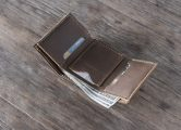 leather trifold wallet for men